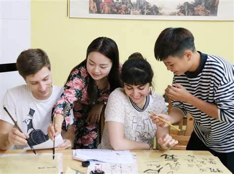 想去泰国留学但英语泰语都不好怎么办?