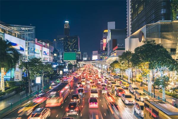 泰国留学期间这些交通法规可要清楚!